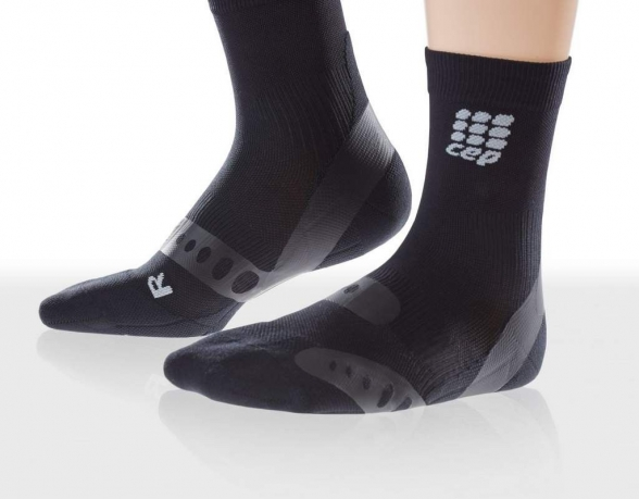 CEP pronation control short sock sort