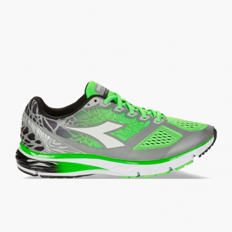Diadora Mythos Blushield Bright Green Fl...